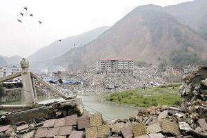 四川汶川512大地震中令人感动难忘的画面(2-地震汇总图片) - 平衡天下 - 平衡天下