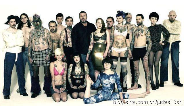 英国一模特公司专招丑人作怪,表情独一无二(组图) - 刻薄嘴 - 刻薄嘴的网易博客:看世界