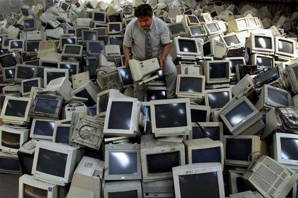 恐怖电子垃圾与日俱增,最终到底害了谁?(组图) - 刻薄嘴 - 刻薄嘴的网易博客:看世界
