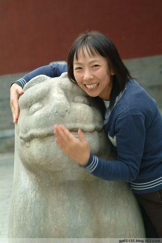 北京五塔寺石兽 - 六月荷花 - 六月荷花的池塘