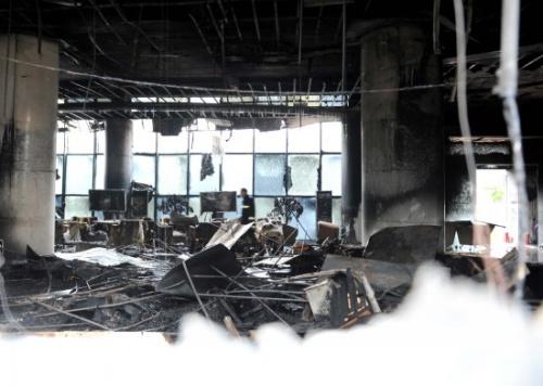 沈阳万达广场发生火灾至少12人伤亡(组图)
