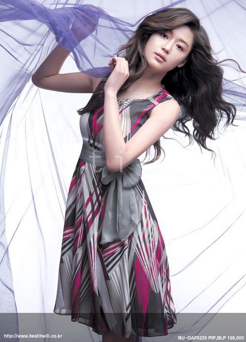 百搭服饰做个漂亮的公主[组图] - 爱君如梦 - 型男索女唯美空间