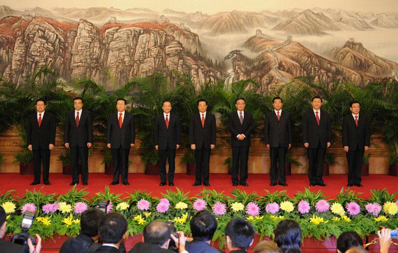 十七届中央政治局常委与中外记者见面