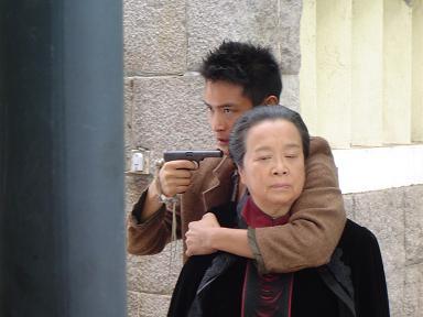 《海上传奇》 前辈李明启与小辈王雨的短信事件 - 王雨 - 王雨 的博客