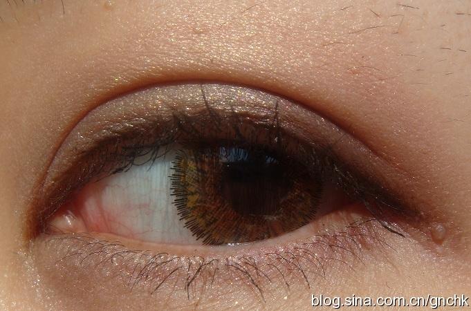 NARS 雙色眼影 Kuala Lumpur 香檳金粉紫色真眼試妝 - 小住住 - 住住美妝瘦身分享 (網易版)