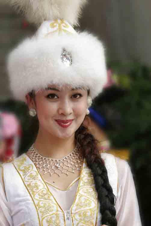 哈萨克族民族发展演义