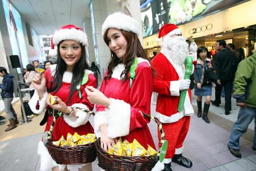 圣诞女郎发糖果 - 潇彧 - 潇彧咖啡-幸福咖啡