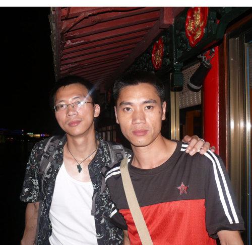 200808 杭州与诗友本少爷 阿角 施世游合影 金钥匙健身咨...