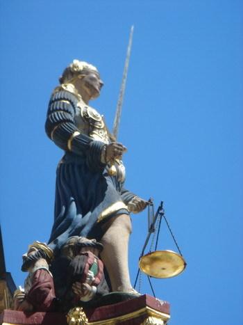 正义女神塑像 - 贺卫方 - 贺卫方的博客