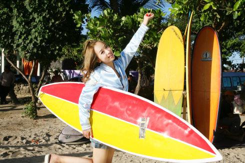 巴厘岛海边冲浪,尽享初夏阳光 - 韩国媚眼天使sara - 韩国媚眼天使sara   博客
