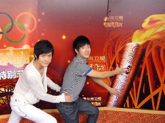 BOBO组合录奥运节目:我们很理解刘翔(图)_综艺新闻_娱乐_腾讯网 - 慧慧 - 慧慧的世界