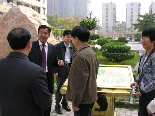 餐饮安全系万家 - 廖新波 - 医生哥波子