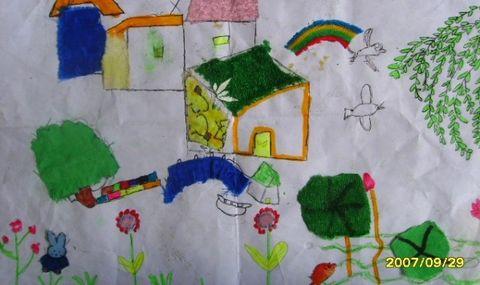 学生做布贴画