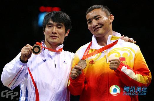 中国拳击选手哈那提斯拉木获铜牌(25) - 永不言败 - 永不言败欢迎您
