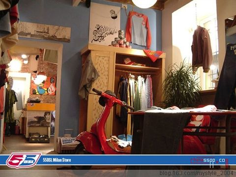 小服装店装修图片
