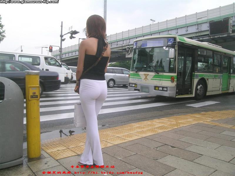 白色肉感美臀展现完美身材!! - 源源 - djun.007 的博客