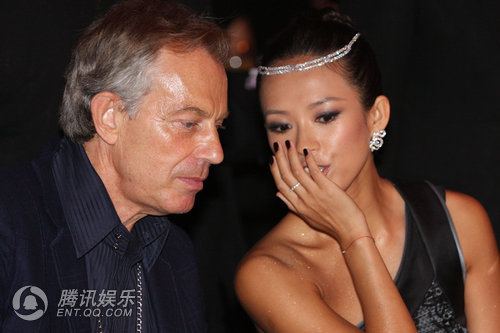 章子怡秀交际手腕 与英国前首相贴面密谈 - lx3com - lx3com太上老君的博客