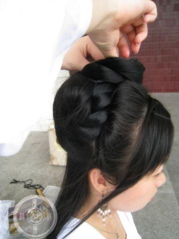发型设计:跳舞的雏菊