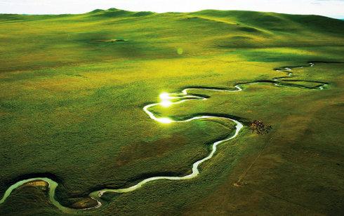 航拍如画的内蒙古大草原