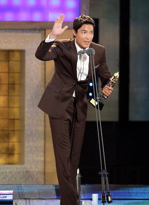 [第45届韩国大钟奖颁奖典礼][韩语中字] - 蓝色幻影love - 安~....