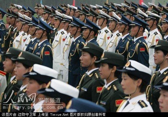 07式海陆空军装常服-着礼服的陆海空三军队列-中国人民解放军07式新军服图片