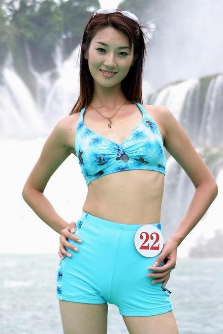 cctv模特大赛南宁赛区模特泳装云集德天瀑布