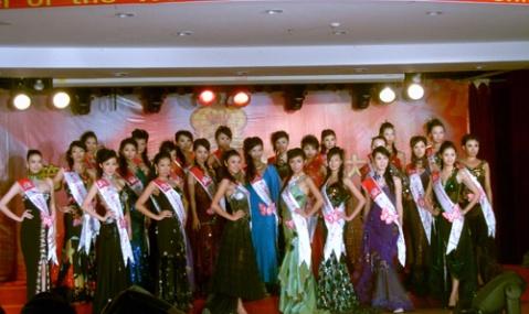 第19届世界模特小姐国际总决赛在山西运城落下帷幕