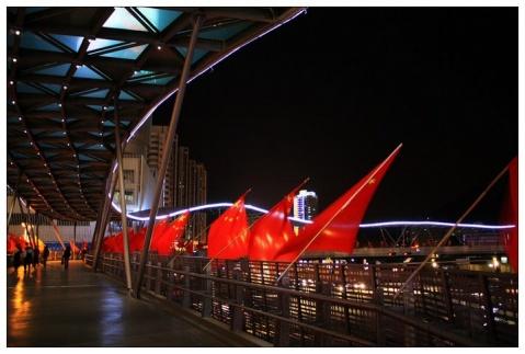 欣赏亚洲第一天桥 - 路人@行者