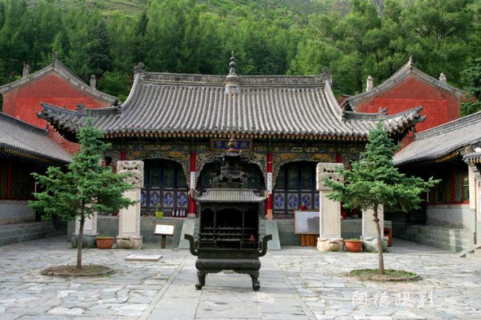 五台山龙泉寺(组图) - 阿德 - 图说北京(阿德摄影)BLOG