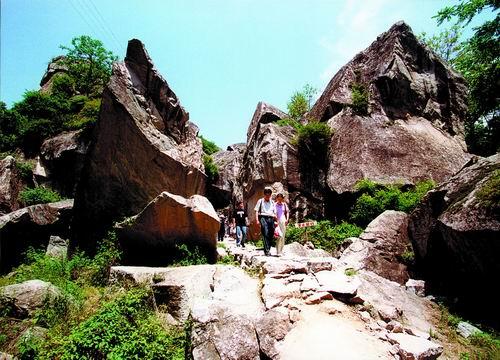 奇石--崩积体与巨砾 - 翠华山 - 翠华山的博客