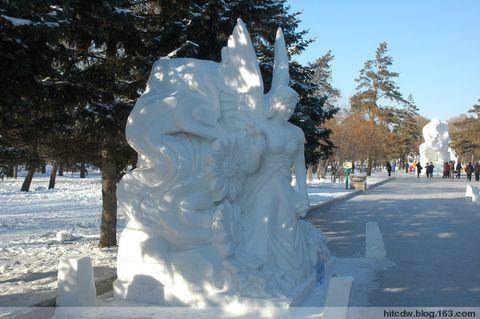 [摄影原创]雪雕又一年(4)-诱人的花神美女 - 松江蓑笠翁hitcdw - hitcdw摄影、旅游