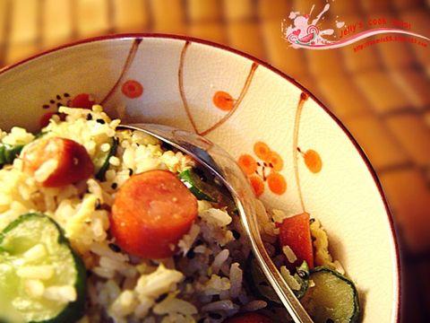 (原创)一个人的晚餐1:【香喷喷牛油炒饭】 - jelly - 果冻の彩