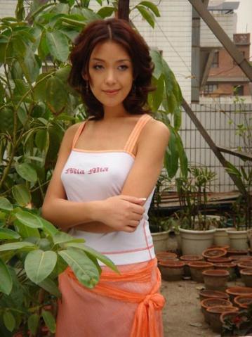 全球10大著名变性美人(10) - 寒烟的博客 -