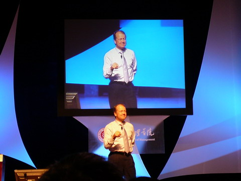 钱伯斯对CEO的2.0警告  - 金错刀 - 《错刀科技评论》