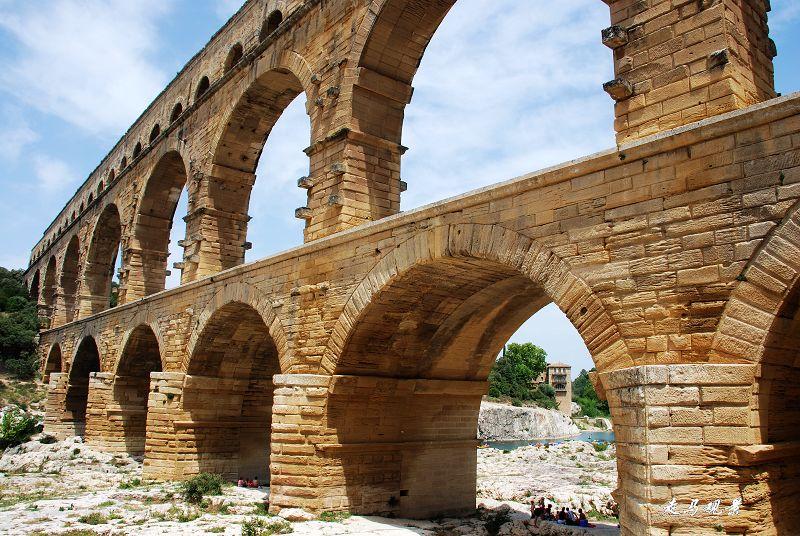 古罗马渡槽___加尔桥 - 西樱 - 走马观景