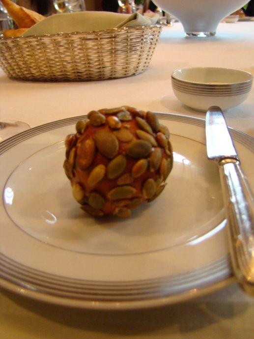 秋风起,闻蟹香 - 和研礼仪文化 - 卢浩研--美食美酒无国界
