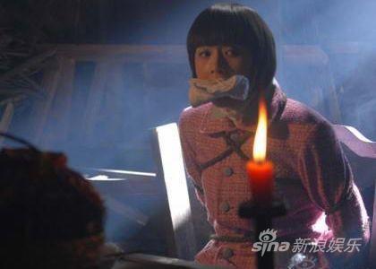 特工娇娃王思雅华丽现身《黑玫瑰》(图)