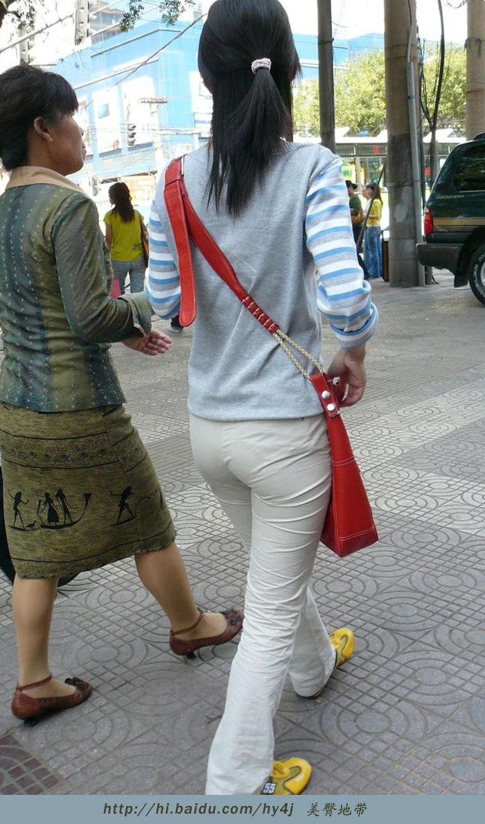 【转载】背红色包包的米色紧臀熟妇 - zhaogongming886 - 东方润泽的博客