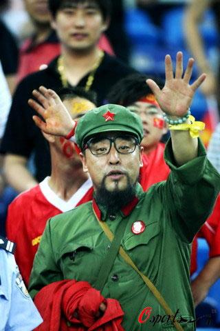 戒毒中国足球 - 老何东 - 何东老邪
