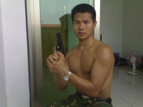 军人相册----总参中尉的军旅生涯 - 披着军装的野狼 - 披着军装的野狼
