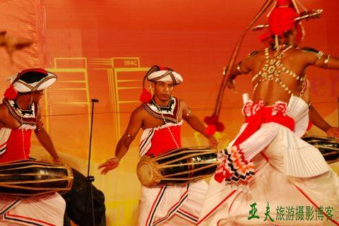 (原创)第七届中国国际民间艺术节之二 - 高山长风 - 亚夫旅游摄影博客