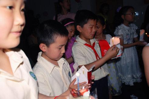 晒晒儿子六一全班集体生日的照片 - 饶雪漫 - 饶雪漫博客
