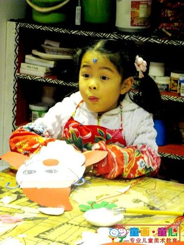 童画童心08秋季启蒙B-1班美术活动16——圣诞老人挂件 - 童画-童心儿童美术 - 童画-童心儿童美术