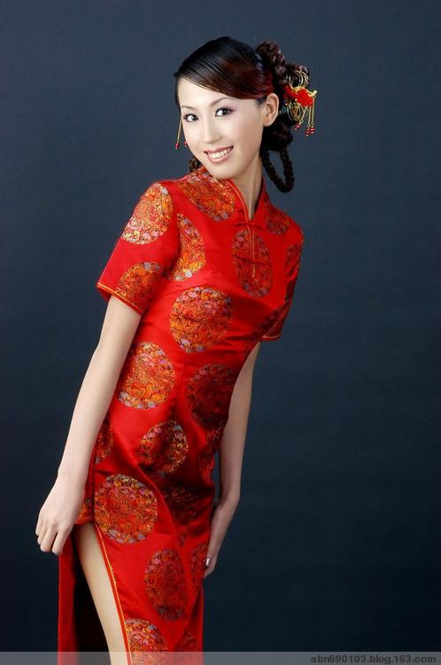 流动美女(中国旗袍) -甄甄家园欢迎您