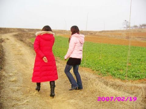 走在乡间的小路上-开心过年 二 图文