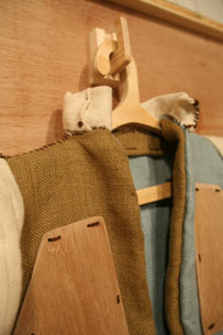 木制超级武器 - 李二嫂的猪 - 翱翔的板儿砖