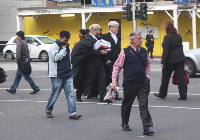 墨尔本街头有趣的头上风景(组图) - 徐铁人 - 徐铁人的博客