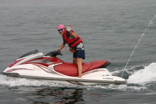 摩托艇高手,呵.. - szspider - 张春晖的博客...