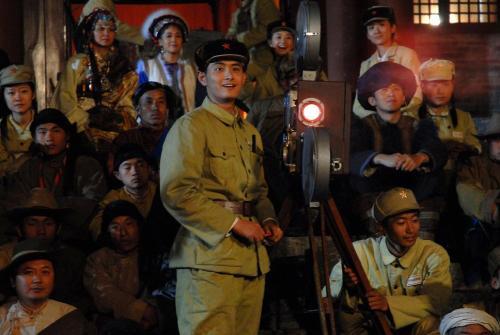 金凤花开之——我在海拔最高处放《开国大典》 - 王雨 - 王雨 的博客