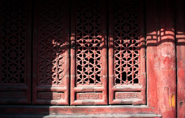 (原创摄影)庙里的光和影 - 刘炜大老虎 - liuwei77997的博客